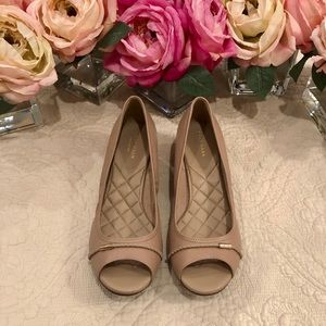 Cole Haan Emory Leather Peep Toe Wedge Pumps Tan